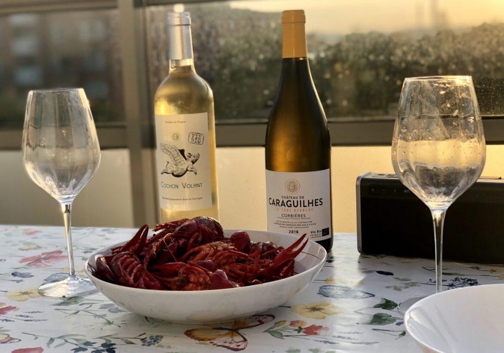kräftskiva med ekologiska, vita viner från Frankrike